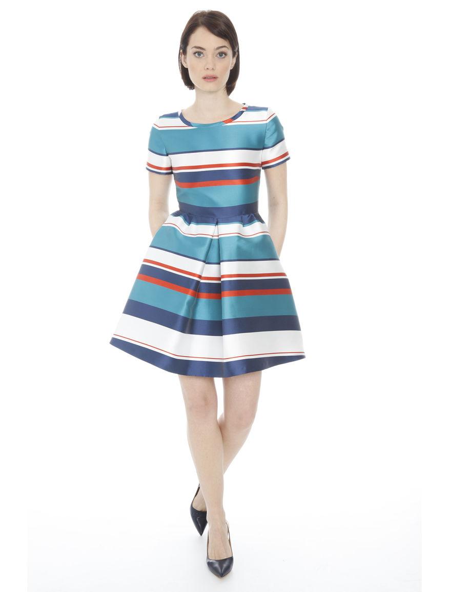 43d7cfa5170b4 nuovi abiti eleganti donna  modelli a corolla da Diffusione Tessile
