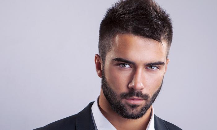 Taglio capelli con fronte alta uomo