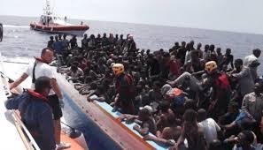 Italia scoppia immigrazione selvaggia ieri 4387 sbarchi porti sud Italia