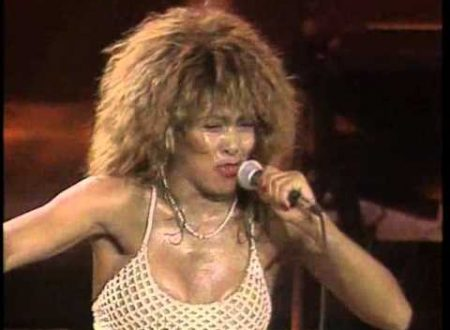 La grande Tina Turner compie 78 anni: Private Dancer, con testo e video