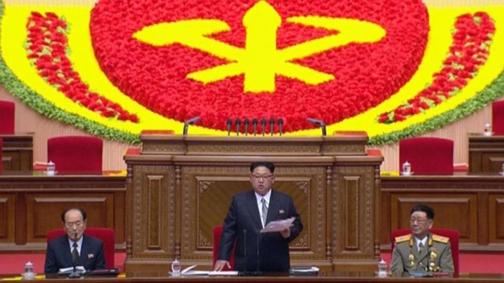"""Kim Jong-Un: """"La situazione economica è grave"""""""