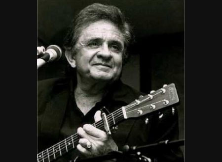 Ricordando Johnny Cash : Hurt, con testo e video