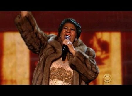 Aretha Franklin moriva un anno fa : Think, con testo e video