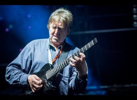 Allan Holdsworth moriva due anni fa: How Deep Is The Ocean, testo e video