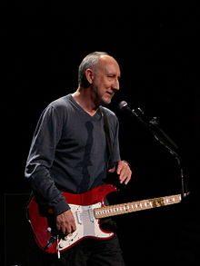 Buon compleanno Pete Townshend : New Song, con testo e video