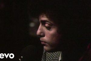 Oggi Billy Joel compie 68 anni: Honesty, con testo e video