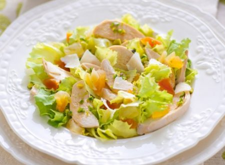 Estate Insalata di pollo e mandorle