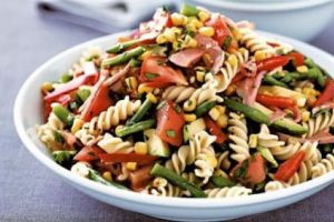 Ricette veloci: pasta fredda alle verdure estive