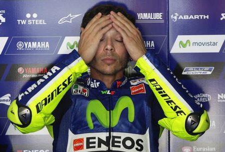 MotoGP Valentino Rossi operato. Addio rincorsa Mondiale
