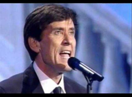 Gianni Morandi compie 73 anni: Bella signora, con testo e video