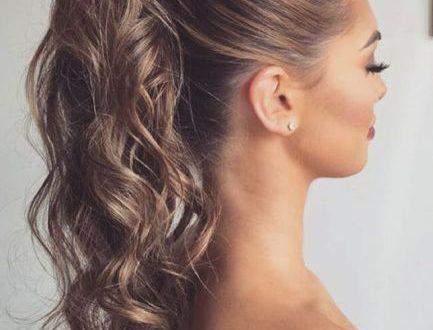 Tagli capelli lunghi Coda di Cavallo trend estate 2018 foto