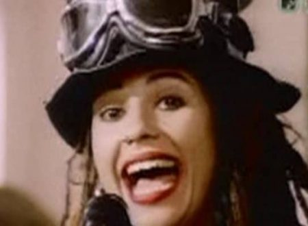 Auguri a Linda Perry: 4 Non Blondes – What's Up