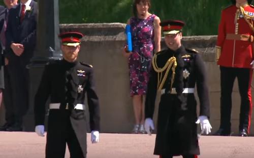 Matrimonio Reale L'arrivo di Harry e William (Video)