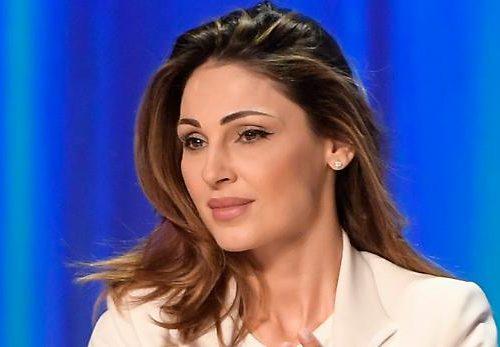 Anna Tatangelo in buoni rapporti con l'ex Gigi D'Alessio