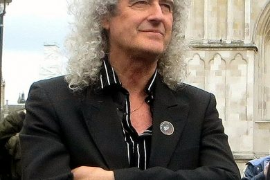 Auguri Brian May : Queen – I Want It All, con testo e video ufficiale