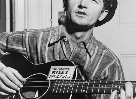 Woody Guthrie – This Land Is Your Land, con testo e video