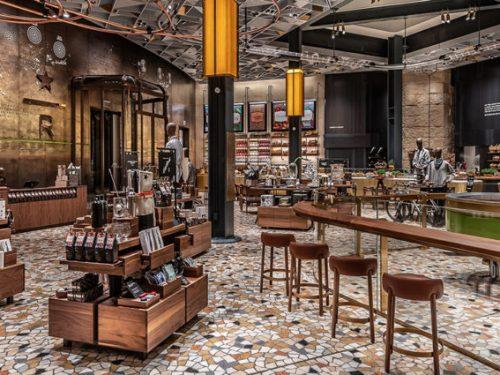A Milano lo Starbucks più grande d'Europa