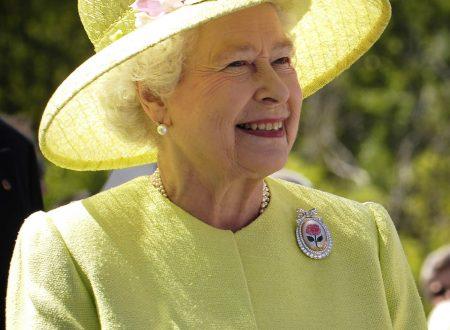 Elisabetta II sbarca a 92 anni su Instagram