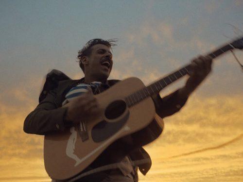 Francesco Gabbani – E' Un'Altra Cosa, con testo e video ufficiale