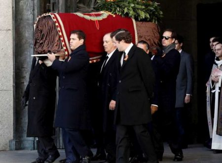 La Spagna 'cancella' Francisco Franco