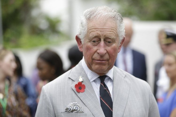 Preoccupazione a Corte Contagiato Carlo d'Inghilterra
