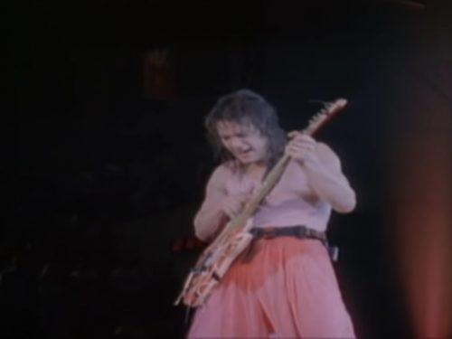 Addio al grande Eddie Van Halen