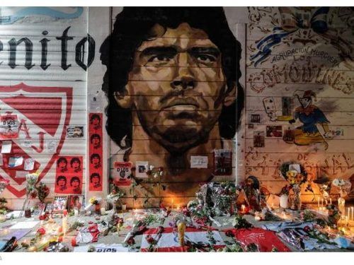 Diego Armando Maradona: Ultimo saluto alla Casa Rosada