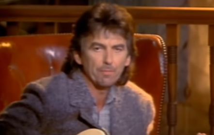 George Harrison moriva 19 anni fa: Got My Mind Set On You , testo e video