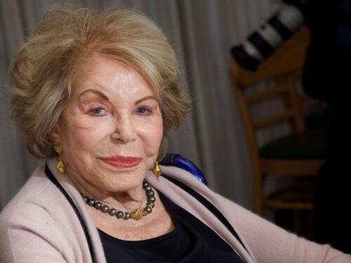 Cinema, addio ad Anne Douglas, moglie di 'Spartacus'