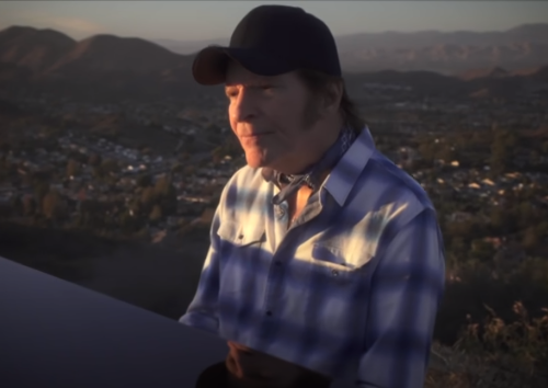 Auguri a John Fogerty : Weeping In The Promised Land, testo e video ufficiale