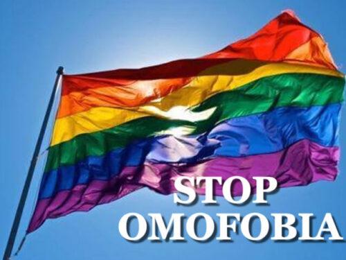 Milano, coppia di ragazzi aggredita da un omofobo