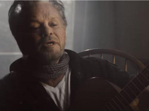 Auguri a John Mellecamp : John Mellencamp e Bruce Springsteen – Wasted Days, testo, traduzione e video ufficiale